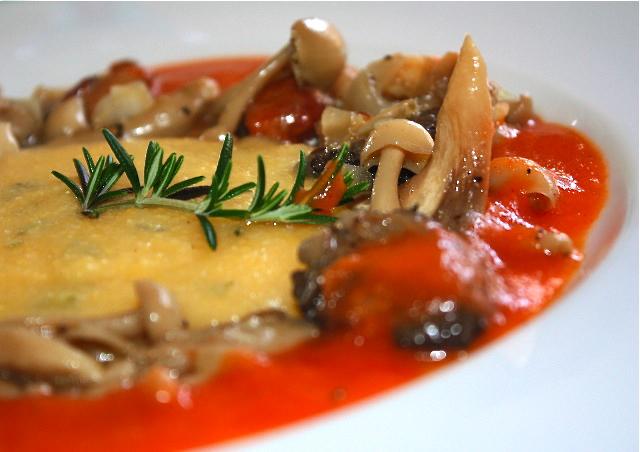 cure for migraine – Creamy herb polenta with sauté wild mushrooms ...