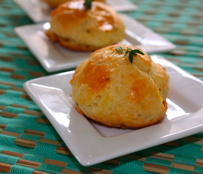 So French – Gougères with comté cheese and thyme